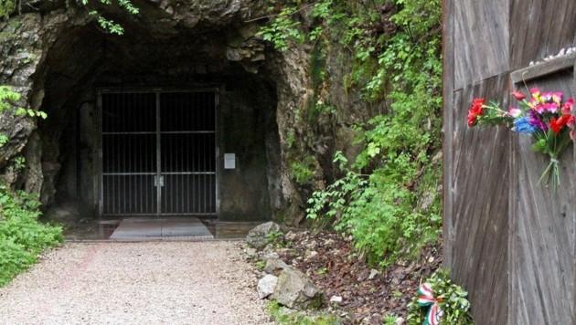 Der Zugangsbereich eines der Gedenkstollen des ehemaligen Konzentrationslagers in Ebensee (Bild: APA/Reinhard Hoermadinger)