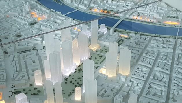 """""""Leuchtendes"""" Frankfurt - ein Symbolbild für die Funktion als Internet-Hauptstadt Deutschlands (Bild: Werner Pöchinger)"""