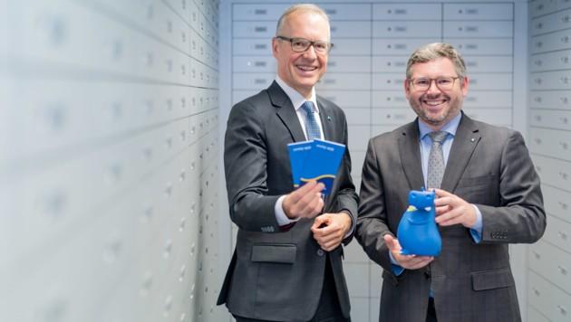 Hypo-Vorstand Wolfgang Viehauser und Finanzlandesrat Ludwig Schleritzko. (Bild: Josef Bollwein | www.flashface.com)