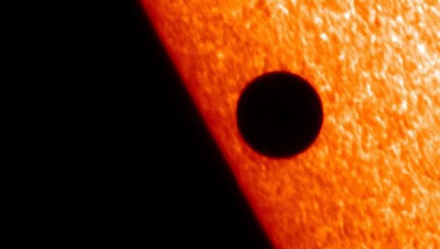 (Bild: JAXA/NASA/PPARC)
