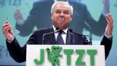 Landeshauptmann Hermann Schützenhöfer will mit seiner ÖVP wieder stärkste Kraft in der Steiermark werden. (Bild: APA/APA/ERWIN SCHERIAU)