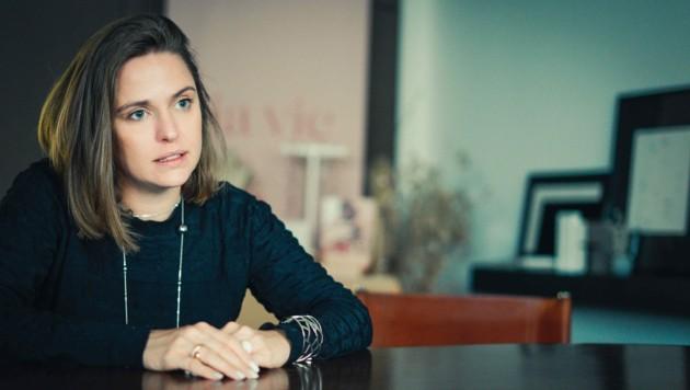 """Christina Stütz steht hinter """"lia vie"""". Die Produkte werden durch Verkaufspartys vertrieben. (Bild: Markus Wenzel)"""