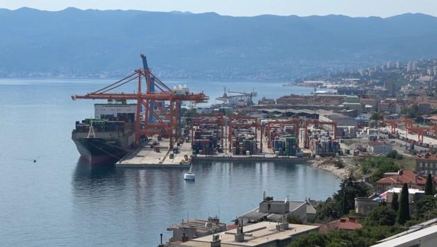 Auch am Hafen von Rijeka hat China Interesse gezeigt. (Bild: krone.tv)