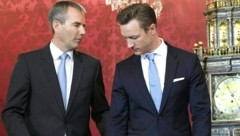 Die ÖVP-Politiker Hartwig Löger und Gernot Blümel (Bild: APA/HANS KLAUS TECHT)