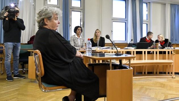 Die frühere kaufmännische Burgtheater-Geschäftsführerin Silvia Stantejsky (Bild: APA/HERBERT NEUBAUER)