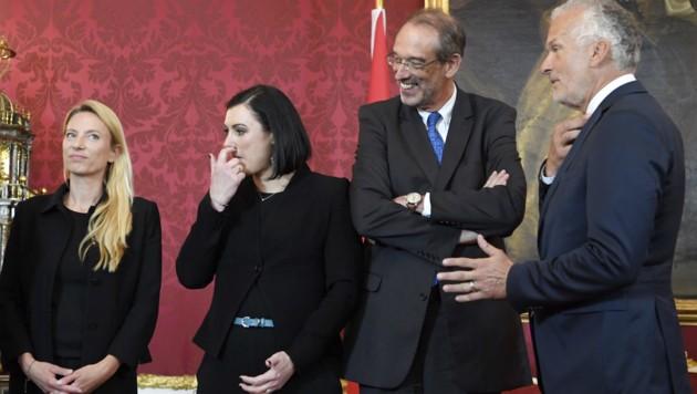 Die ÖVP schickt auch ihre ehemaligen Minister in die Koalitionsverhandlungen mit den Grünen. (Bild: APA/HANS KLAUS TECHT)