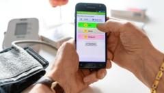 Mit HerzMobil übermitteln Herzpatienten ihre Daten von Zuhause aus und verschlüsselt an ihre Ärzte. (Bild: AIT/LIV)