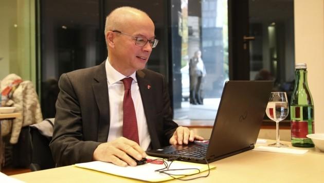 Georg Karabaczek freut sich über interessierte Unternehmer (Bild: Tröster Andreas)