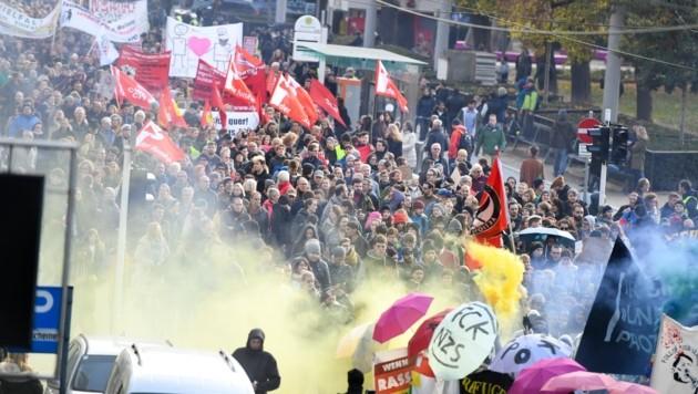 Zwischen rechten und linken Extremisten hat die Polarisierung zuletzt weiter stark zugenommen. (Bild: FOTOKERSCHI.AT/Werner Kerschbaum)