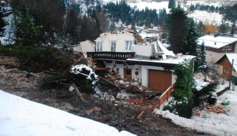 In der Salzburger Gemeinde Bad Gastein ging eine Mure nieder. (Bild: Feuerwehr Bad Gastein)