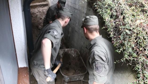Das Heer schickt Soldaten (Bild: Bundesheer)