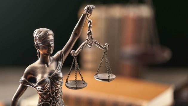 Eine Figur der Justitia (Symbolbild) (Bild: ©BillionPhotos.com - stock.adobe.com)