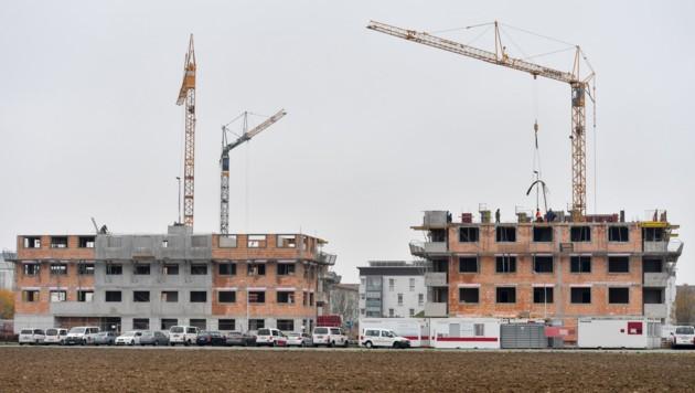 Die steigenden Immobilienpreise sind für die Oberösterreicher fordernd. (Bild: Harald Dostal)