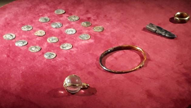 Die Fundstücke werden nun im Britischen Museum aufbewahrt. (Bild: AFP)