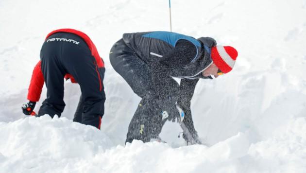 Gestern mussten die Bergrettungen wieder ausrücken (Symbolfoto). (Bild: Christof Birbaumer / Kronenzeitung)