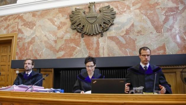 Richtersenat verkündete Urteil (Bild: Tschepp Markus)