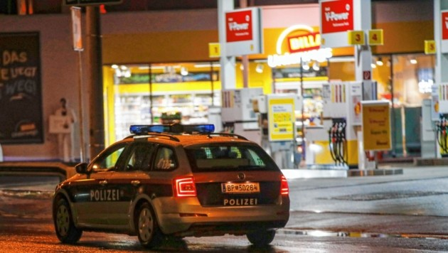 Der Überfall auf die JET-Tankstelle in der Innsbrucker Bundesstraße ist offenbar geklärt. (Bild: Markus Tschepp)