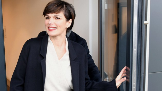 Pamela Rendi-Wagner (Bild: APA/ROLAND SCHLAGER)
