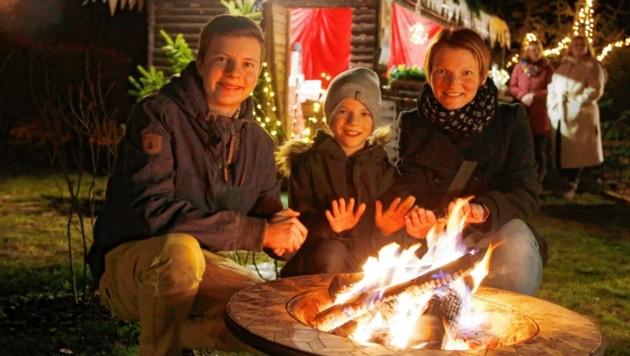 In den Feuerschalen knistert das Holz, die Flammen wärmen... (Bild: Rojsek-Wiedergut Uta)