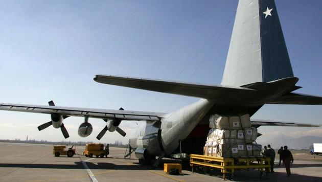 Eine solche C-130 Hercules der chilenischen Luftwaffe wird vermisst. (Bild: AFP/David Lillo)