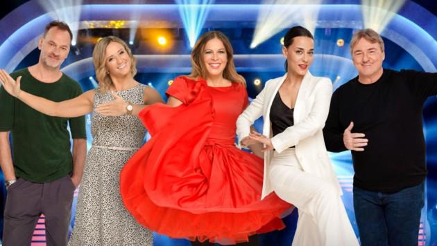 "Christian Dolezal, Michaela Kirchgasser, Natalia Ushakova, Edita Malovcic und Andreas Ogris sind bei ""Dancing Stars"" dabei. (Bild: ORF)"
