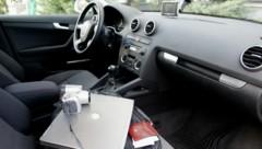 Fahrzeuge, in denen Waren und Wertgegenstände sichtbar herumliegen, gelten als beliebte Objekte für Autoknacker (Bild: KRONEN ZEITUNG)