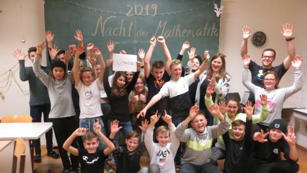 Die Nacht der Mathematik der 3A-Klasse des BRG St. Johann im Pongau. (Bild: BRG St. Johann im Pongau)