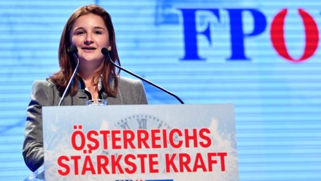 Die Salzburger FPÖ-Landesparteiobfrau Marlene Svazek (Bild: APA/BARBARA GINDL)