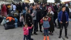 Flüchtlinge auf Lesbos (Bild: AFP)