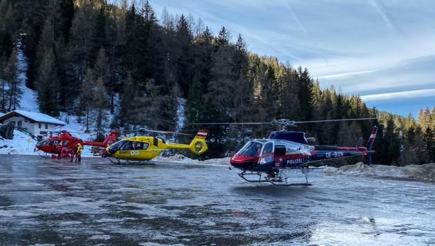 Mehrere Hubschrauber standen bei der Suchaktion im Einsatz. (Bild: LIEBL Daniel/zeitungsfoto.at)