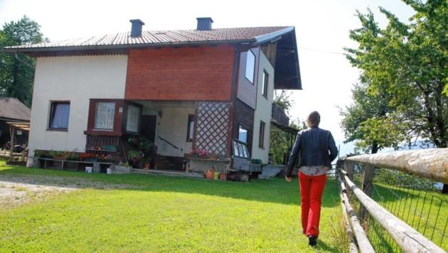 In diesem Haus nahe Köttmannsdorf kam es im Juli zur Home Invasion. Nun wurden zwei Verdächtige gefasst. (Bild: Uta Rojsek-Wiedergut)