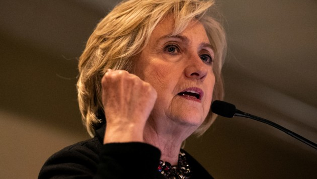 """Hillary Clinton Anfang Dezember beim """"Jewish Labor Committee's Annual Human Rights Awards""""-Dinner in New York City (Bild: 2019 Getty Images)"""