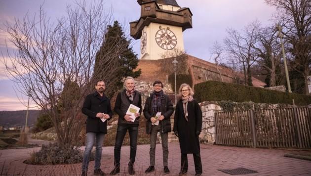 Werner Schrempf, Stadtrat Günter Riegler, Christian Mayer und Künstlerin Joanne Leighton (Bild: NikolaMilatovic)
