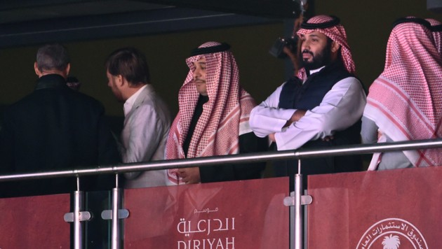 Ganz rechts im Bild: Der Saudi-Kronprinz Mohammed Bin Salman (Bild: AFP)