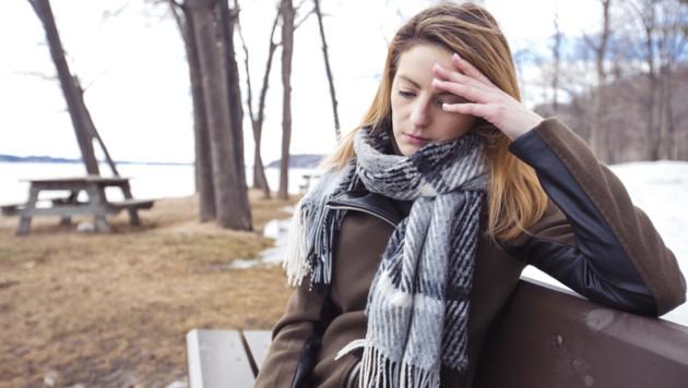 Die WHO äußerte schon 2019 besorgt: Immer mehr Menschen leben alleine - und verbringen auch ihre Zeit alleine. (Bild: pololia/stock.adobe.com)