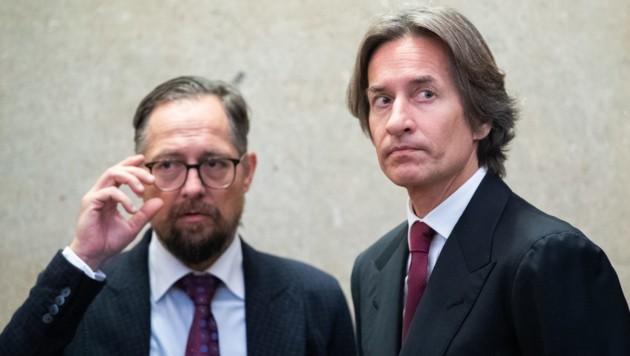 Karl-Heinz Grasser mit seinem Anwalt Norbert Wess (Bild: APA/GEORG HOCHMUTH/APA-POOL)