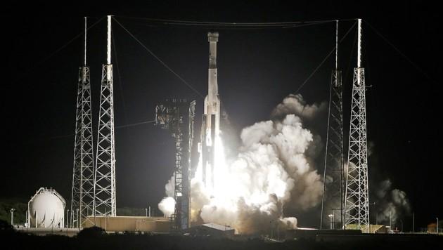 "Der Start der Boeing-Kapsel ""Starliner"" an Bord einer ""Atlas V""-Rakete (Bild: Associated Press)"