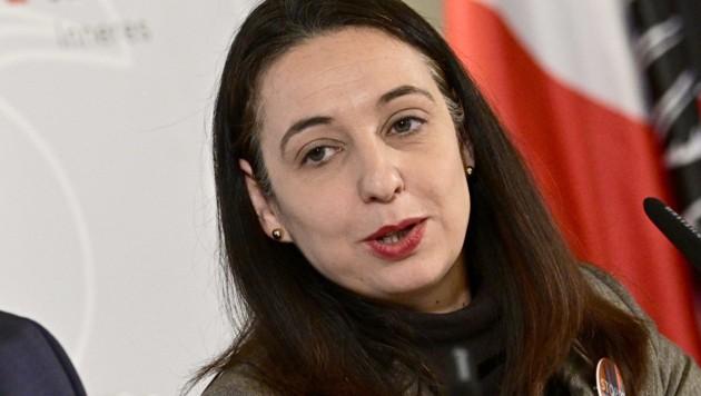 Frauenministerin Ines Stilling (Bild: APA/HANS PUNZ)