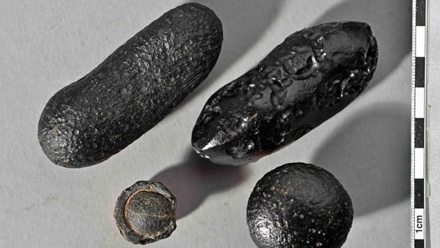 Der Meteorit, der diese Tektiten verschleuderte, ging wohl in Laos nieder. (Bild: Institut für Geowissenschaften, Universität Heidelberg)