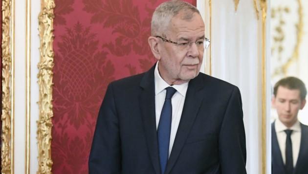 In wenigen Tagen wird Bundespräsident Alexander Van der Bellen die türkis-grüne Bundesregierung unter der Kanzlerschaft von ÖVP-Chef Sebastian Kurz angeloben. (Bild: APA/HANS KLAUS TECHT)