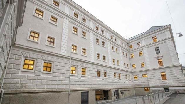 Am Dienstag wird der Fall von familiärer Gewalt im Salzburger Landesgericht verhandelt (Bild: Tschepp Markus)