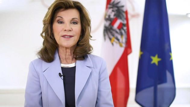 Brigitte Bierlein war 2019 die erste Bundeskanzlerin Österreichs. (Bild: facebook.com/Bundeskanzleramt.gv.at)