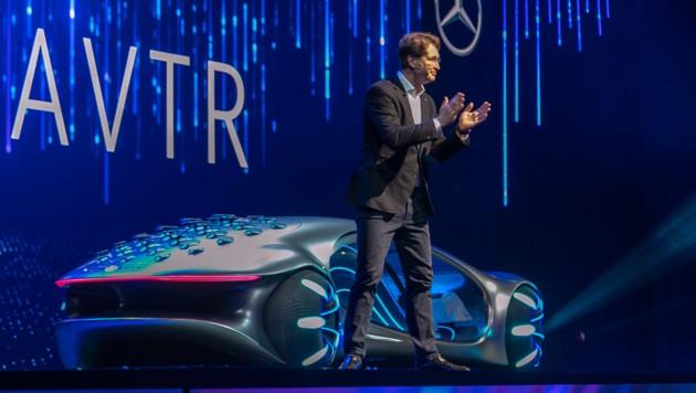 Daimler-Vorstandschef Ola Källenius (Bild: APA/AFP/DAVID MCNEW)