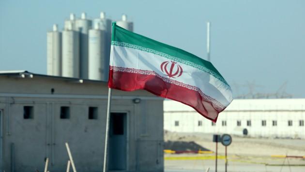 In der vom Erdbeben erschütterten Region befindet sich auch das Atomkraftwerk Bushehr. (Bild: APA/AFP/ATTA KENARE)
