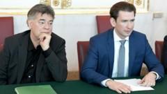 Vizekanzler Werner Kogler und Bundeskanzler Sebastian Kurz (Bild: APA/Roland Schlager)