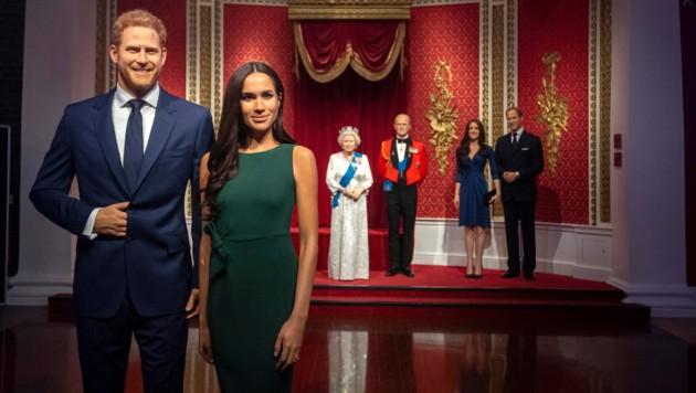 Das Wachsfigurenkabinett Madame Tussauds in London rückte Meghan und Harry von der royalen Familie weg. (Bild: AP)