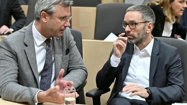 Norbert Hofer und Herbert Kickl (Bild: APA/HERBERT NEUBAUER)