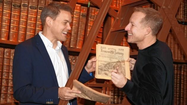 Immer auf Recherche: Martin Thür in seinem Element im Prunksal der Nationalbibliothek (Bild: zwefo)
