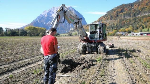Im Herbst wurden Bodenuntersuchungen am fraglichen Stainacher Areal vorgenommen (Bild: Sepp Pail)