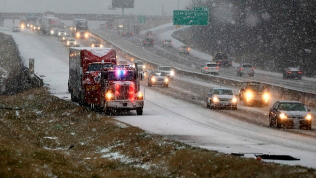 Schwere Winterstürme in den USA (Bild: AP)
